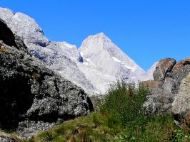 A white mountain by edelweiss26