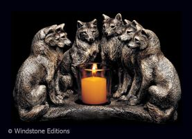 Wolf council candle lamp by Reptangle
