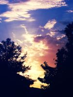 Summer Sky by ceciliay