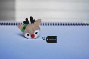 Rudolph the Reindeer by FluffyParcel