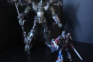 Mini Optimus Prime AOE + Grimlock Custom by Npiece