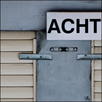 ACHT by LowKnee