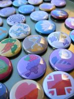 So Many MLP Buttons by papelshop