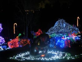 Tacoma Zoolights: Family Playing Statue by VoyagerHawk87