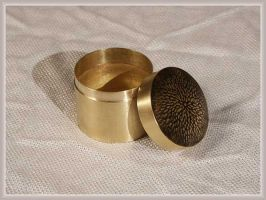 Brass container by Astalo