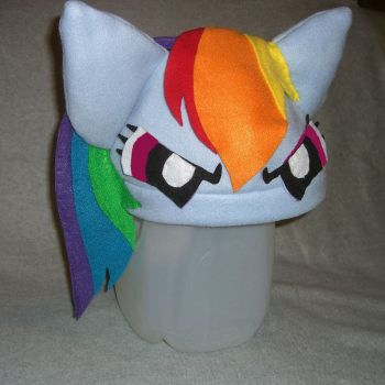 Rainbow Dash Hat - angry by PlumeriaPony
