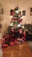 Gifts under the tree by snofs