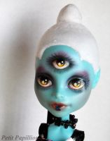 CAM Three-Eyed Alien Repaint by Nurlindae