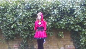 Cosplay-Lil' Red Riding Hood 2 by queenamithehedgehog