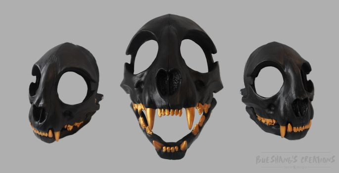 Cat skull commission - black n gold by Bueshang
