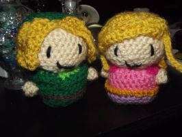 Zelda and Link amigurumi: V2 by Amigurumi-Lover