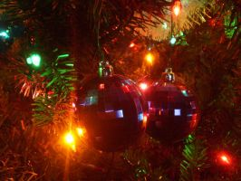 twin ornaments by mysteriousfantasy