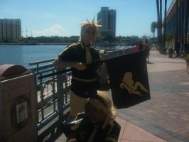 Rin and Len Kagamine 3 ~ Metrocon 2012 by DespicablyAwesome