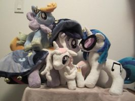 Twilight, dj pon3, honey drop, fleur de lis plush by Little-Broy-Peep