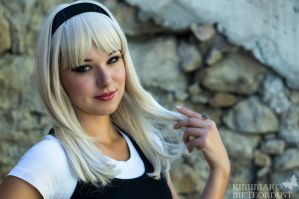 Gwen Stacy Casual Portrait by Biseuse