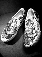 Mad Heads XL Vans BW by Vikrapuff