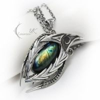 AZDUQ DRAHARIS ( dragon's eye ) by LUNARIEEN