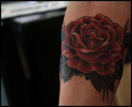 Rose tattoo by ISqueezeBugs