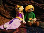 Zelda and Link Sculpture Pair by KleeNoodle
