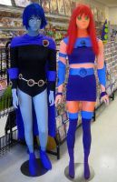humoungus Starfire and Raven by TeenTitans4Evr