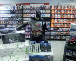 Batman Loves The Beatles by rikudarkness
