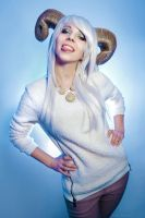 Casual Poro - League of Legends by yelenaivy