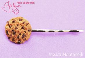 Chocolate Chip Cookie bobbypin by Jeyam-PClay
