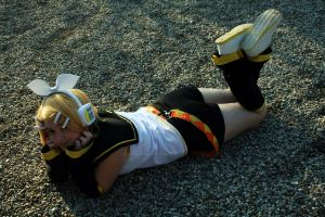 Rin Kagamine::Amongst the Rocks by dawnleapord