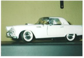 ford thunderbird 55 scale 1 18 by EnriqueGomez