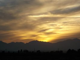 zing zang sunset mountains by MrGutierrez