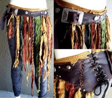 Tattered Pouch Belt by Xavietta