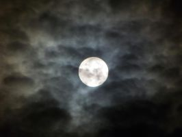 Cloudy Moon by justanewb42