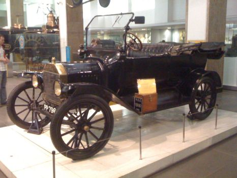 Model-T in Science Museum by YanPictures