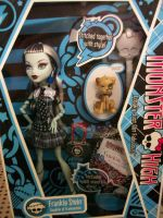 Monster High Dolls by myeyesinthemirror