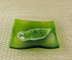 Green Planarian on a Fused Glass Dish by trilobiteglassworks