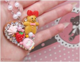Gingerbread girl decoden necklace by decoland