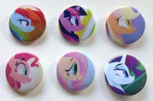 actual buttons! by spacekitsch