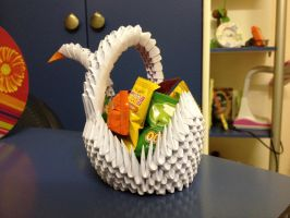 3D Origami - Candy Swan by BrownBlurry