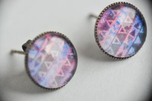 blue and violet little triangle earrings by yiea