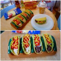 Miniature tacos. Chicken and beef variant by LittlestSweetShop