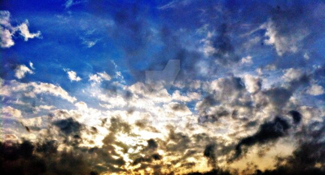 The sky by AlexIsabella