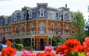 Prince of Wales Hotel by GlassHouse-1