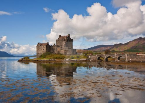 Eilean Donan Reflections by DL-Photography