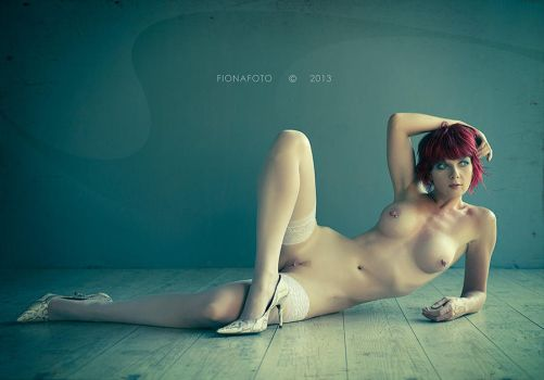 the WOODEN floor 2 by fionafoto