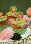 Mint Lemon Cupcakes w/Fondant Flowers by theresahelmer