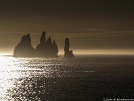 Shades of rock by macrodger
