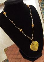 Tiger's eye and golds necklace by asukouenn