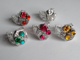 Steampunk Rhinestone Rose Rings by Hiddendemon-666