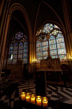 Inside Notre Dame Cathedral by daniellepowell82