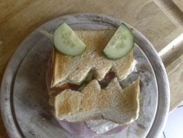 Sandwich iz angry by BeJay